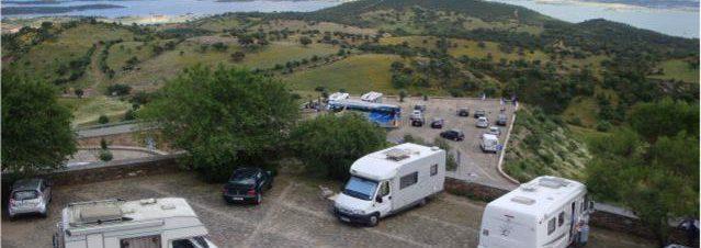 autocaravanas-estacionamento-monsaraz