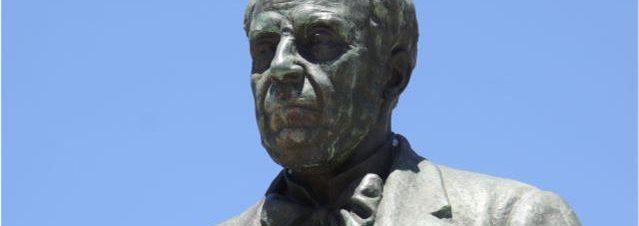 busto-de-bronze-de-manuel-augusto-mendes-papanca