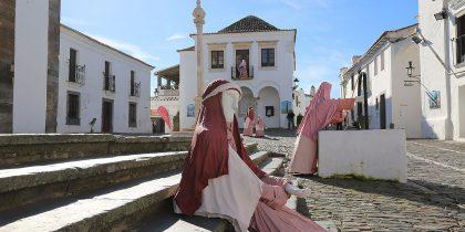 Presépio com figuras em tamanho real regressa às ruas de Monsaraz